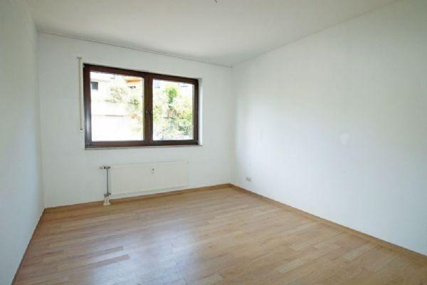 eine seltenheit in kr uerdingen schicke 80qm erdgeschoss. Black Bedroom Furniture Sets. Home Design Ideas