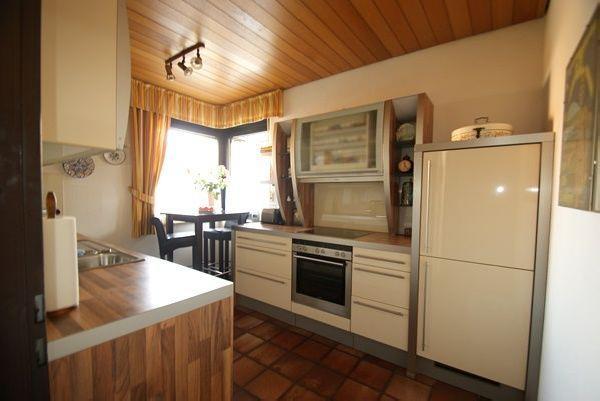 gro z giges 1 2 familienhaus mit 200 m wohnfl che in kr forstwald kersting immobilien. Black Bedroom Furniture Sets. Home Design Ideas