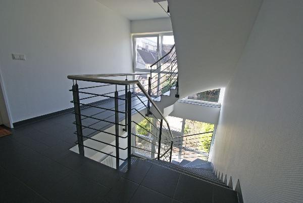 Treppenhaus mehrfamilienhaus  Treppenhaus Mehrfamilienhaus Modern | loopele.com