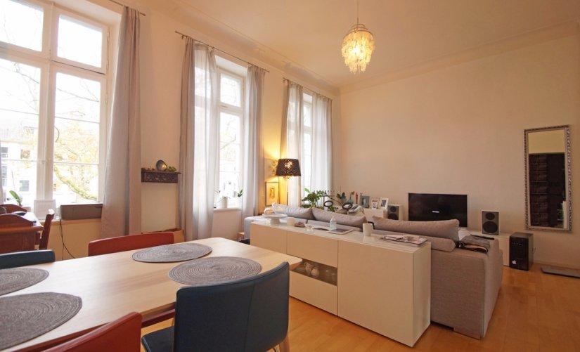 atmosph re pur hohe decken und parkett am westwall. Black Bedroom Furniture Sets. Home Design Ideas