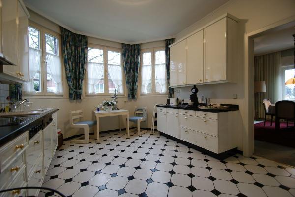 ein klassiker in kr bockum wundervolles freistehendes einfamilienhaus in bestlage kersting. Black Bedroom Furniture Sets. Home Design Ideas