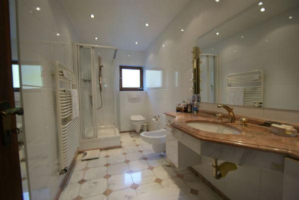 Modernes bad