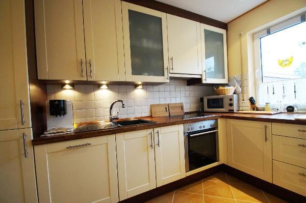 kr h ls top gepflegtes reihenhaus in bester familienlage kersting immobilien. Black Bedroom Furniture Sets. Home Design Ideas